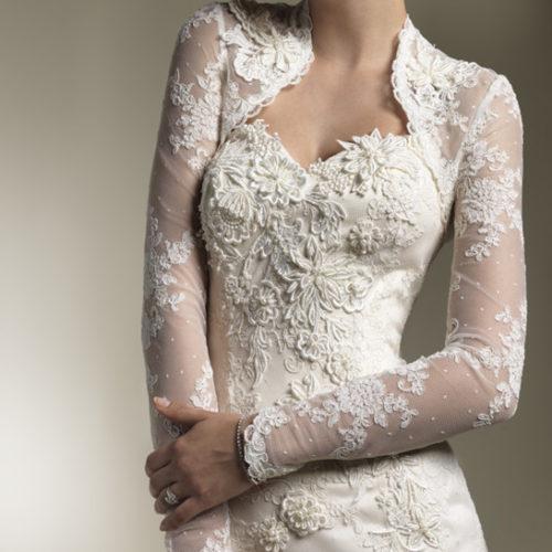 Romantic-Lace-Bridal-Dress